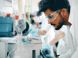 Male_scientist2